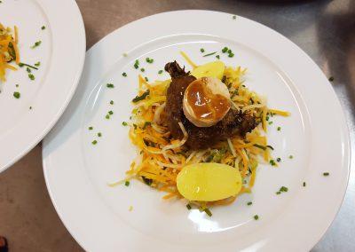 caille-sur-son-nid-et-foie-gras